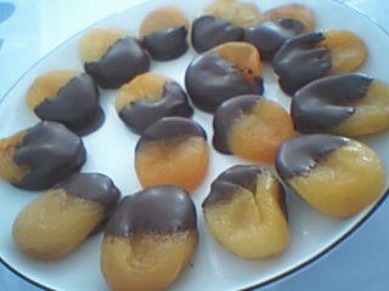 Abrikoser med Chokolade