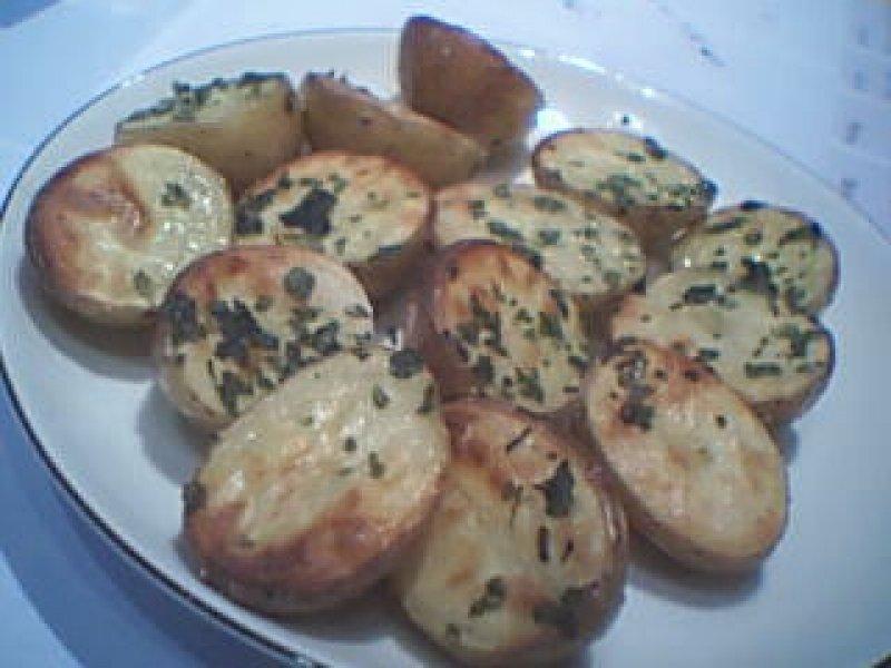 Små nemme kartofler med persille